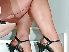Foot Fetish, Lingerie, MILF, Pantyhose, Stockings